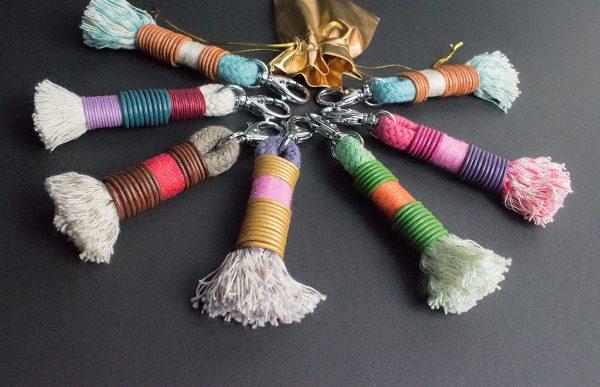 Schlüsselanhänger aus Tauwerk mit Leder