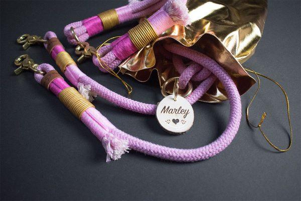 Pink Hundleine und Halsband mit Gold
