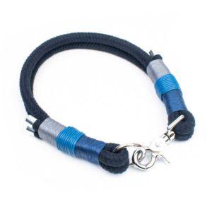 Blaues Halsband für kleine und große Hunde